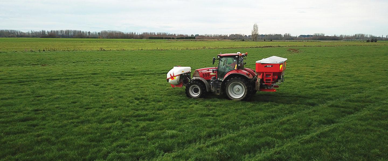 Cutting Edge Fertiliser Spreading Tractor